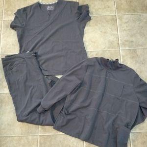 Women's size xl New balance scrub set